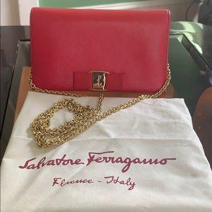 Salvatore Ferragamo wallet on chain